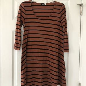 Quarter Sleeve Striped T-shirt Dress